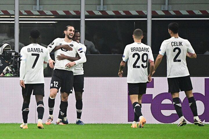 Bu sezon ligde ve Avrupa'da oynadığı maçlarda henüz mağlubiyet almayan Milan, ilk yenilgisini tatmış oldu. Tıpkı rakibi gibi henüz yenilgi yüzü görmeyen Lille ise, Yusuf Yazıcı'nın muhteşem performansıyla unvanını korumayı başardı.