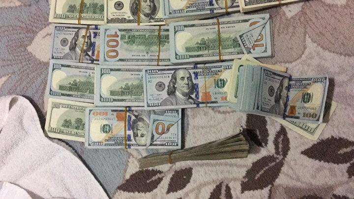 Şüphelilerin soygundan sonra parayı bozdurmak içinse dolar kurunun yükselmesini bekledikleri ve paraların seri numaralarının kayıtlı olduğunu düşünerek parayı ellerinde tuttukları öne sürüldü.