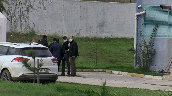 Büyükçekmece İSKİ Ahmediye Atıksu Terfi Merkezinde çalışanlar su arıtma bölümündeki su kanalı içinde belden aşağısı olan ceset parçası gördü.