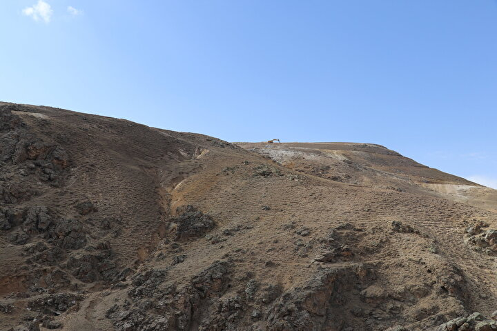 Bu keşfin bölge istihdama katkı sağlayacağını dile getiren Çitçi, yöre halkının artık çalışmak için batı illerine gitmeyeceğini belirtti.