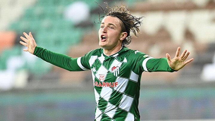 Ali Akman: 18 yaşındaki santrfor, bu sezon 9 maçta 7 gol ve 1 asistle oynadı.