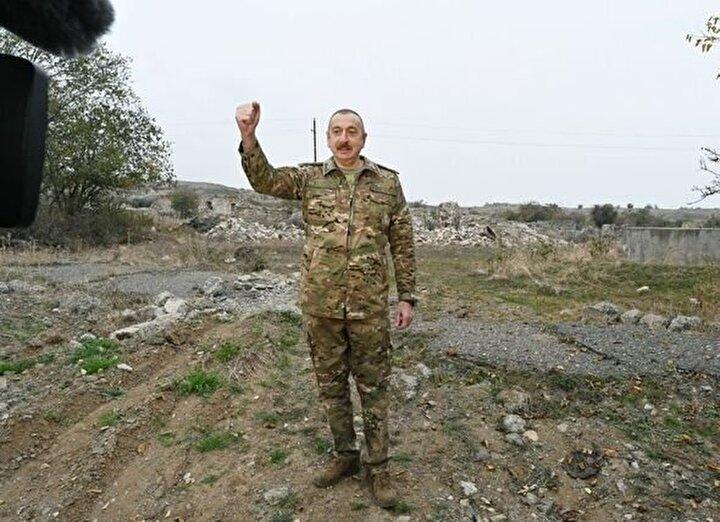 Azerbaycan Cumhurbaşkanı İlham Aliyev, Ermeni işgalinden kurtarılan Füzuli ve Cebrayil şehirlerini ziyaret ederek, incelemelerde bulundu.
