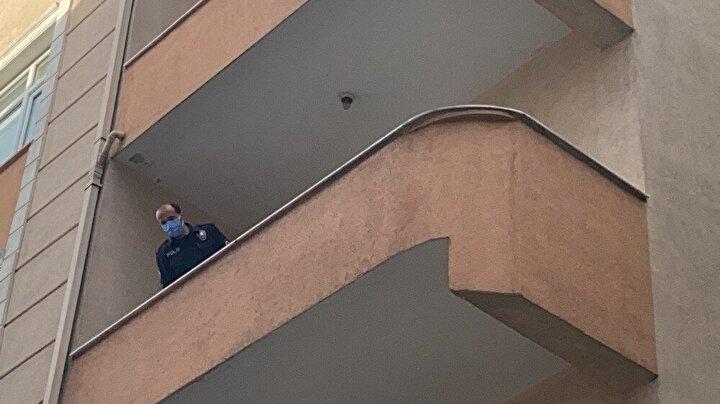Olay, saat 08.30 sıralarında Sarıyer Ayazağa 121. Sokak üzerinde meydana geldi. Edinilen bilgiye göre sabah saatlerinde hava almak için balkona çıkan 87 yaşındaki Mustafa Yarlığan dengesini kaybetti.