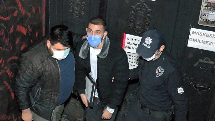 Ataşehir'de saat 02.00 sıralarında bir gece kulübüne Ataşehir İlçe Emniyet Müdürlüğü Asayiş Büro Amirliği ekiplerince baskın düzenlendi.