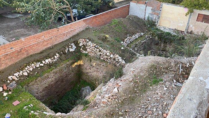 Yapılan sondaj çalışmasında Bizans dönemine ait olduğu düşünülen küp ve yapı kalıntılarına rastlandı.