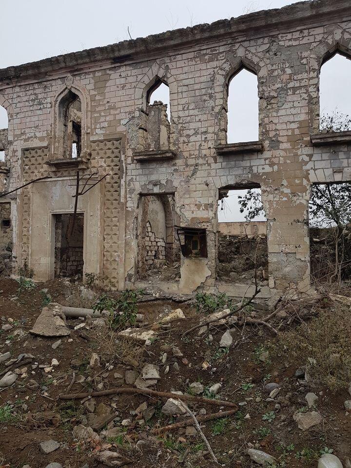 Azerbaycan ordusunun 27 Eylülde başlattığı Dağlık Karabağdaki topraklarını işgalden kurtarma operasyonunda elde ettiği başarı Ermenistanı ateşkes imzalamaya mecbur etmişti.