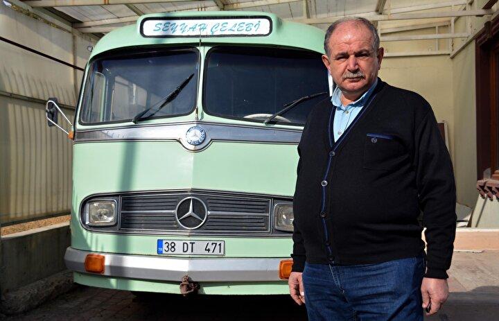 Kayseride iş insanı Ahmet Doğan Çelebi, babası Doğan Çelebinin Erzurumdan satın aldığı 1955 model otobüse gözü gibi bakıyor.