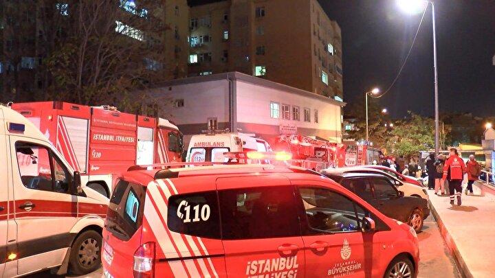 Yangın kısa sürede söndürülürken tedavi gören bazı hastalar tedbir amaçlı dışarıya çıkarıldı.