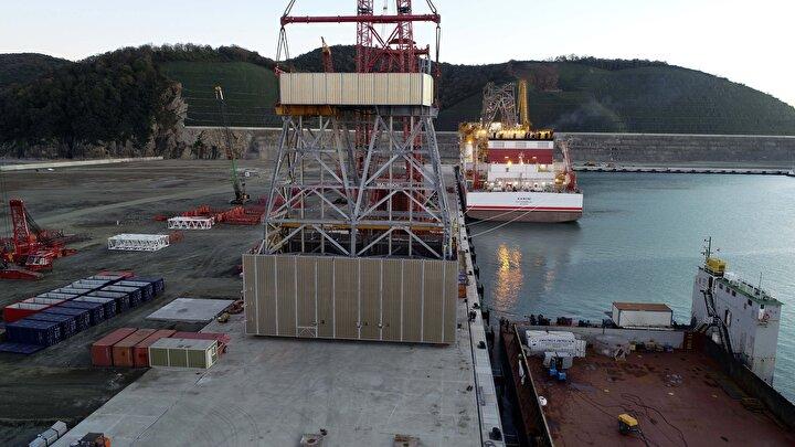 Montaj çalışmasının devam ettiği ve önümüzdeki günlerde de tamamlanmasının beklendiği kaydedildi. Geminin 2021 yılının ilk aylarında Sakarya Gaz Sahasında göreve başlaması hedefleniyor.