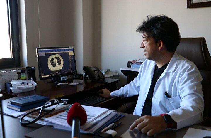 Göğüs Hastalıkları Uzmanı Doç. Dr. Cantürk Taşçı, Covid-19un akciğere girişini ve bıraktığı hasarı anlattı.