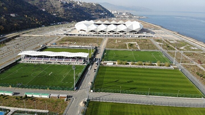 Futbolun beşiği olarak bilinen Trabzon'da, bordo-mavili kulübün yeni modern altyapı tesisleri camiada büyük bir heyecan oluşturacak.