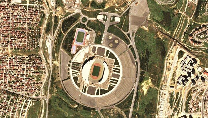 Stadyumun 66 binlik kapasitesi 74.353 adete çıkarıldı.