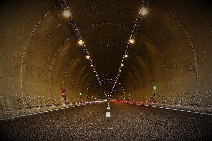 Tek pilonlu ve orta açıklığının 380 metre olması sebebiyle Dünya literatüründe de 4. sırada yerini alan köprü ile devamındaki 2,5 kilometrelik çift tüp tünelin de trafiğe açılması ile birlikte 16 ilin bağlantısı olan Malatya-Elazığ arasındaki kara yolu ulaşımı daha rahat, hızlı ve emniyetli bir şekilde gerçekleşecek. Proje, ayrıca zaman ve akaryakıttan da tasarruf edilerek ekonomiye katkı sağlayacak.