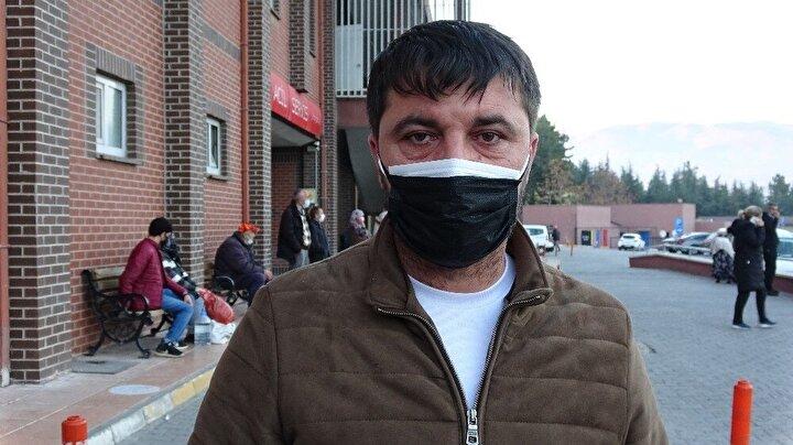 İbrahim-Nakşiye Konyar çiftinin 3 çocuğundan biri olan Hanife Büşra Konyar, alışverişten eve dönerken, yol ortasında yere düştü.