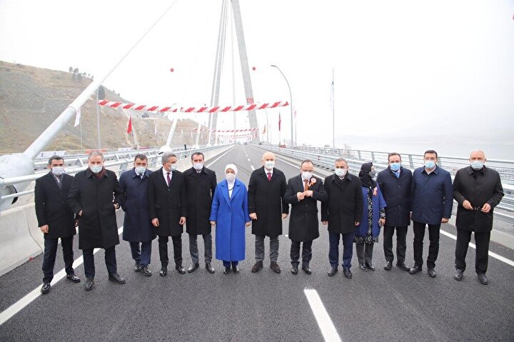 Türk mühendis ve işçilerince, tamamen yerli ve milli kaynaklar kullanılarak hayata geçirilen, proje doğu-batı, güneykuzey aksında önemli bir noktada bulunuyor. Projede 1 eş düzey kavşak, 1 köprülü kavşak ve petrol boru hattı deplasesi de var.