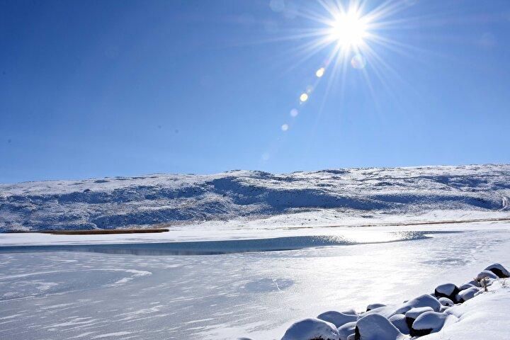 Hamurpet Gölü, Türkiyenin görülmeye değer eşsiz noktalarından biri.
