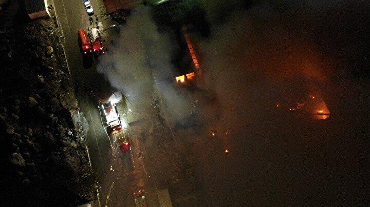 Kayseri'de mobilya fabrikasında korkutan yangını