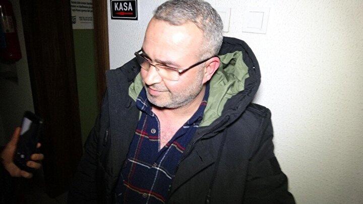 Emniyet Müdürlüğü Ahlak büro ekipleri girişi kafe olarak tasarlanmış adreste bulunarak iskambil oynadıkları tespit edilen Yılmaz U.(55)., Mustafa Ç.(64)., Oktay K.(38)., Murat O.(44)., Mehmet B.(62)., Taner A.(42)., Vahdettin İ., ve Meliha Ö.(39)'ye sokağa çıkma yasağına uymadıkları için 1593 Sayılı Umumi Hıfzıssıhha Kanunu'na Muhalefet gerekçesiyle üç bin 150'er lira idari para cezası kesti.