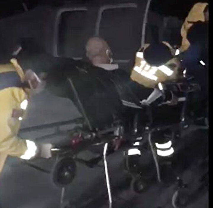 Gülgezer'in yakınları, hemen yetkililerden yardım istedi. Bunun üzerine İl Emniyet Müdürlüğü Havacılık Şubesi'ne ait Sikorsky helikopter, Gülgezerin hastaneye ulaştırılması için havalandı. Refakatçisiyle birlikte bölgeden alınan Gülgezer, Vana getirilip, pistte hazır bekletilen sağlık ekiplerine teslim edildi.