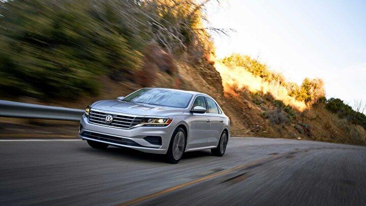 2020 yılında ikinci el online pazarda en çok tercih edilen ilk 10 markanın en çok satan binek modeli sıralamasında VWnin Passat modeli 87 bin 105 satışla ilk sırada yer aldı.