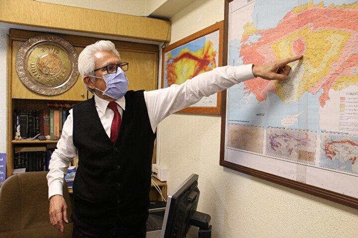 """Ankara'da meydana gelen depremi değerlendiren Gazi Üniversitesi Mühendislik Fakültesi Öğretim Üyesi Prof. Dr. Süleyman Pampal, """"Ankara ve deprem dediğimiz zaman çok farklı çağrışımlar yapar."""