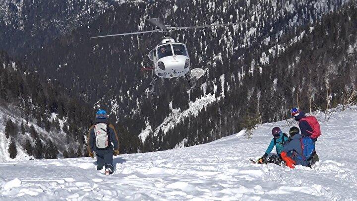 Dünyada Alaska, Kanada ve Alp Dağlarında yapılan, Türkiye'de ise sadece Rizenin Kaçkar Dağlarında gerçekleştirilen helikopterle kayak sporu heliski heyecanı, bu yıl da sürecek.