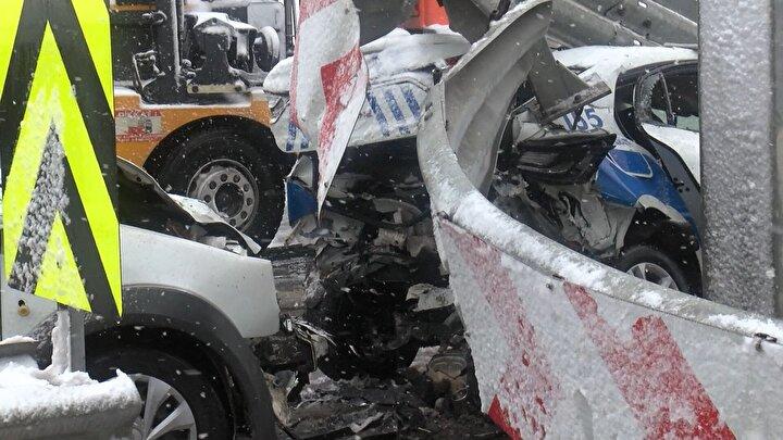 Sivil polis aracı,  trafik polisi otomobiline arkadan çarptı.