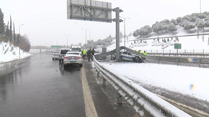 Kaza TEM Otoyolu FSM Köprüsü istikameti Etiler yol ayrımından saat 12.30 sıralarından meydana geldi.