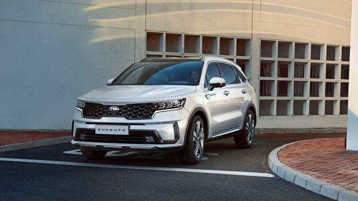 Kia Yeni yıla yeni bir araçla başlamak isteyen otomobil severler için; 2021 yılına özel Ocak ayında binek modellerinde; 100 bin TLye yüzde 0,99 faiz ve 24 ay kredi imkânı bulunan otomobil kampanyaları sunuyor.