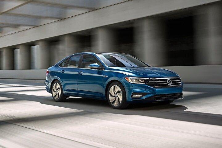Bunun için araç kredinize, Volkswageninizi ilk günkü gibi korumanıza yardımcı Hep Yeni Paketinden iki yenilikçi sigorta ürünü eklemeniz yeterli!
