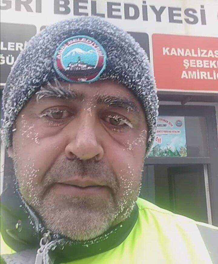 Doğu Anadoluda kar yağışının etkisini kaybetmesinin ardından dondurucu soğuklar başladı. Meteorolojiden alınan bilgilere göre, gece en düşük hava sıcaklığı, Ağrının Hamur ilçesinde ölçüldü. Termometrelerin sıfırın altında 32.7yi gösterdiği Hamur, bölgenin en soğuk yerleşim birimi oldu.