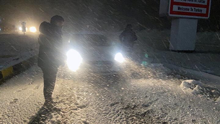 Edirnede kar yağışı başladı