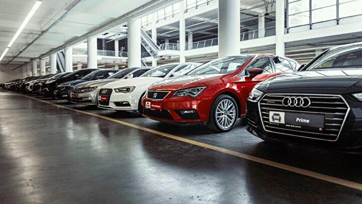 Fordun Focus modeli ise 3 bin 89 adetle dördüncü, Opel Astra da 2 bin 528 adetle beşinci sırada yer aldı.  Ardından 2 bin 469 adetle Toyota Corolla, 2 bin 404 adetle Renault Fluence, 2 bin 97 adetle Fiat Egea, 2 bin 96 adetle BMW 3 Serisi ve 2 bin 25 adetle de BMW 5 Serisi sıralandı.  Bu 10 model toplam binek satışlarının yüzde 33ünü oluşturdu.