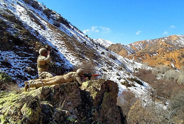 Valilikten yapılan açıklamaya göre, Divriği ilçesi kırsalı Akdağ bölgesinde güvenlik güçlerince Şehit Jandarma Astsubay Kıdemli Çavuş Bekir Pehlivan Operasyonu icra edildi.