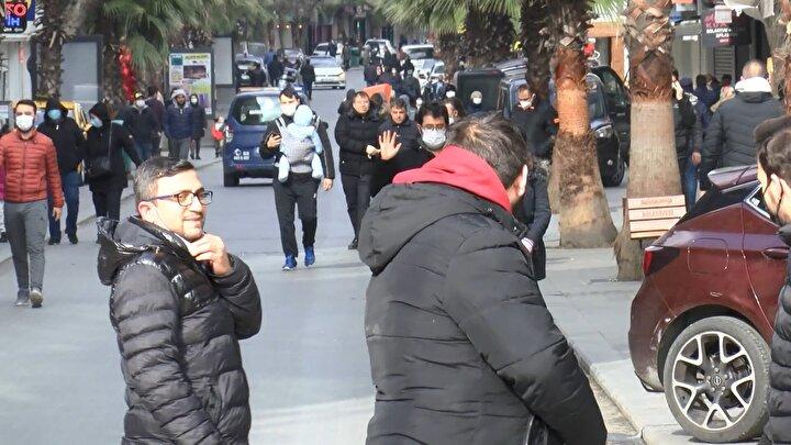 İstanbulda sokağa çıkma kısıtlamasında bazı cadde ve meydanlardaki kalabalık dikkat çekti.