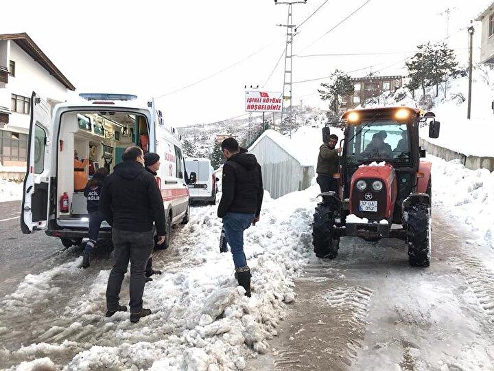 Ambulansla kalp yetmezliği teşhisi ile Sinop Atatürk Devlet Hastanesi'ne sevk edilen Yalçın'ın yoğun bakımda tedavisi sürüyor.