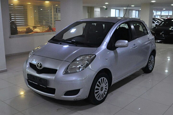 Toyota Yaris 2011-2013 model