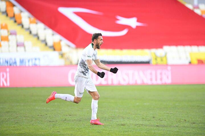 Sokol Cikalleshi (Konyaspor): 9.5 puan