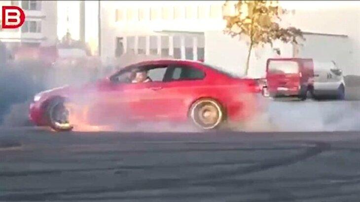 Drift yapmak isterken lüks otomobilin motorunu yaktı