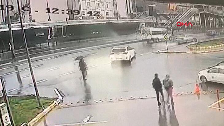 Haramidere'deki metrobüs kazası kamerada