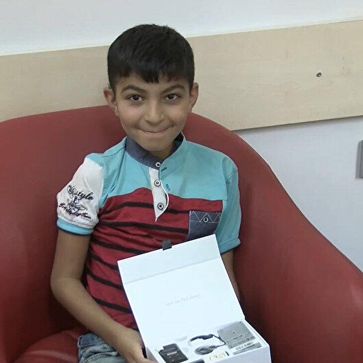 10 yaşındaki Halil'in yardım çağrısına Haluk Levent yetişti