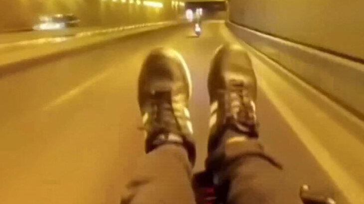 Yayaların üstüne sürüp 'korktunuz mu' diye soran motosikletli