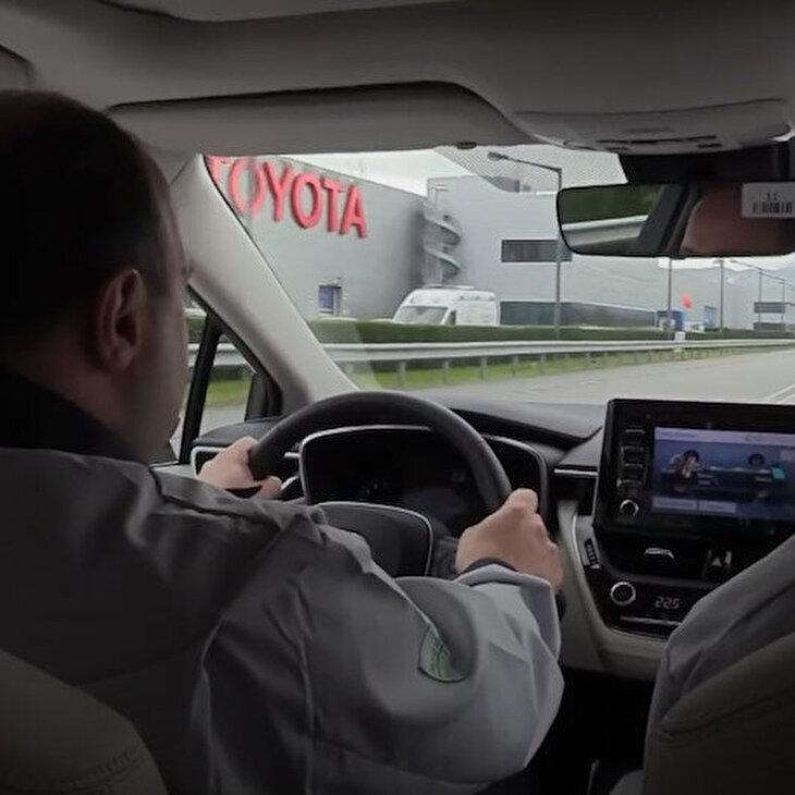 Mustafa Varank'ın Hybrid Toyota'sı bütçe görüşmelerine damga vurdu