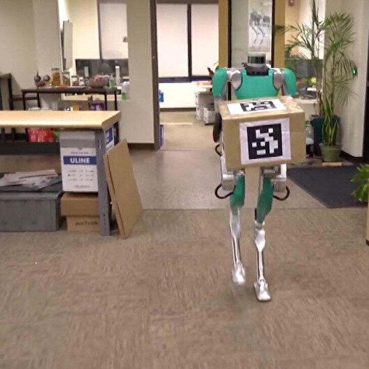Postacı robot 'Digit' satışa çıktı