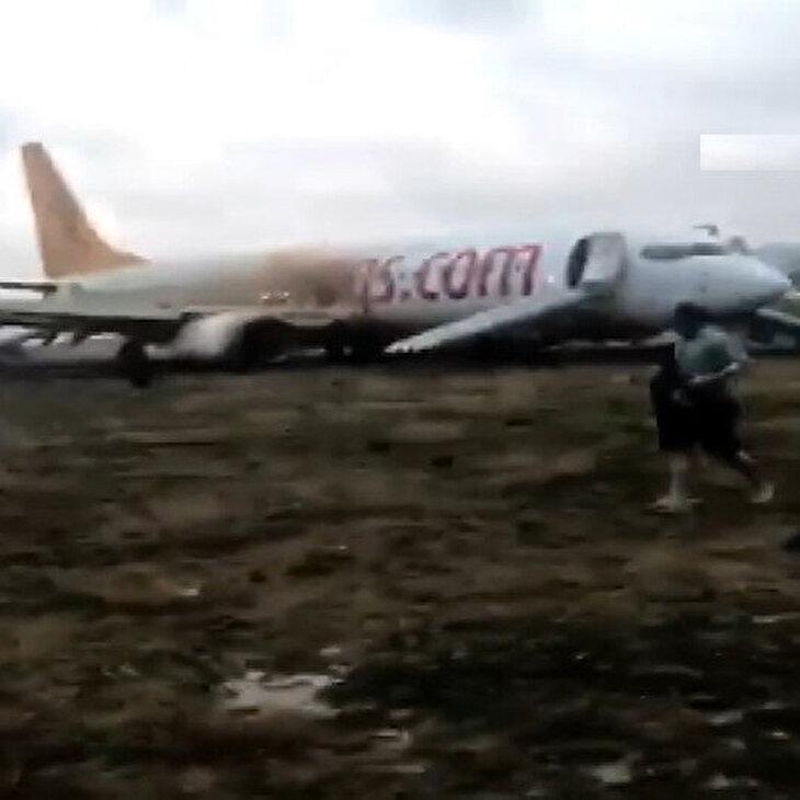 Sabiha Gökçen'de yolcuların kurtarılma anı