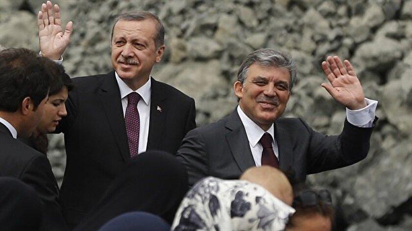 Erdoğan ve Gül salona birlikte geldi