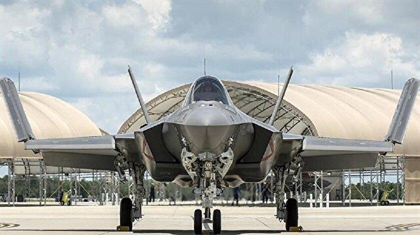 """Savunma Sanayii Müsteşarı İsmail Demir """"Türkiye'ye F-35 savaş uçaklarının teslimatı 2018'de başlayacak"""" diye konuştu."""