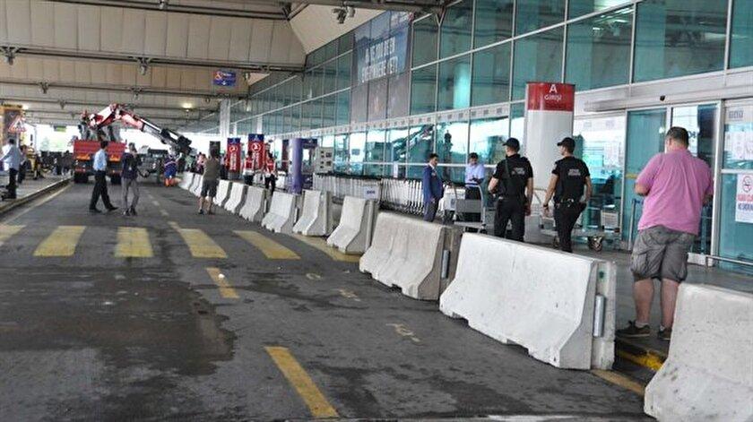 Atatürk Havalimanına beton bariyer