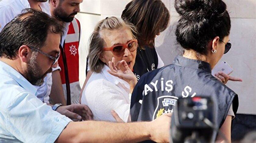 Nazlı Ilıcak FETÖ soruşturması kapsamında tutuklu bulunuyor.