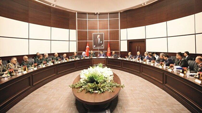 İranlı heyet,  Türkiye'deki temasları  kapsamında dün önce Milli Savunma  Bakanlığı'nı ziyaret etti.
